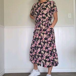 Beautiful 60's floral skirt set
